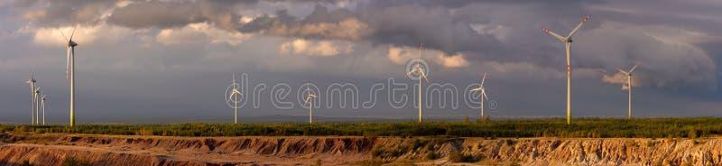 Panorama - turbina de viento fotos de archivo libres de regalías