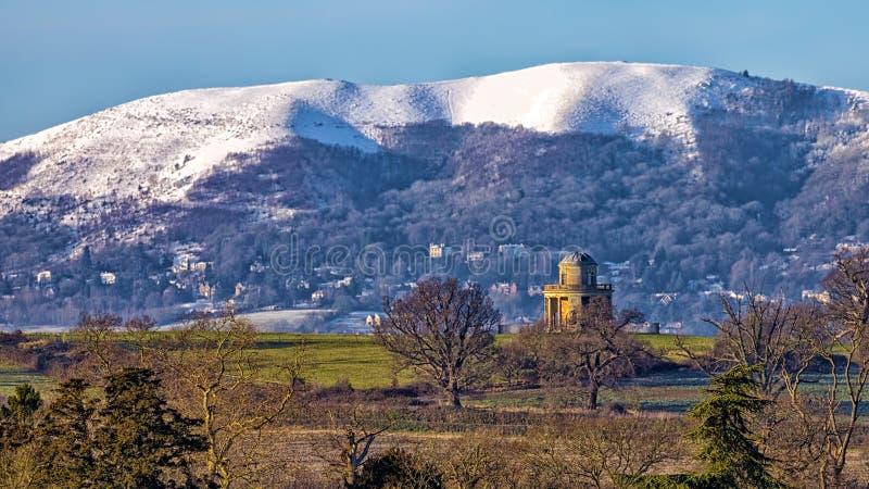 Panorama-Turm und Malvern-Hügel, Worcestershire lizenzfreie stockbilder