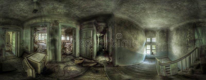 Panorama in un complesso abbandonato fotografia stock libera da diritti