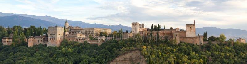 Panorama van Alhambra stock afbeeldingen