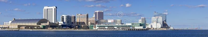 Panorama van Atlantic City, New Jersey van de oceaan stock afbeeldingen