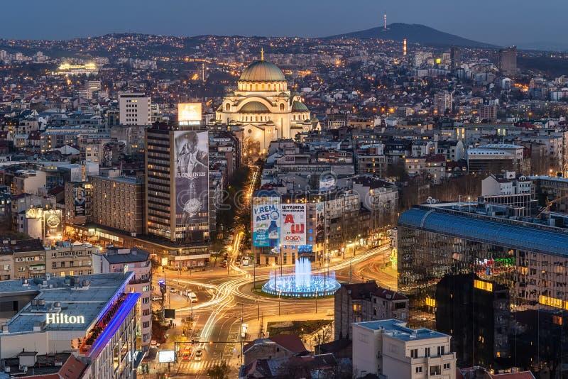 Panorama van Belgrado bij nacht royalty-vrije stock fotografie