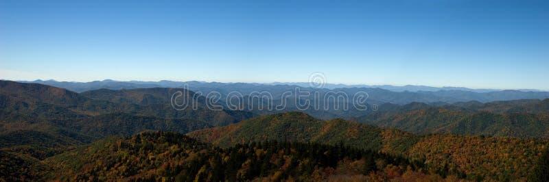 Panorama van Blauwe Rand Mountai stock foto's