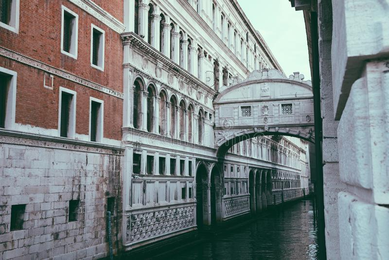 Panorama van Brug van Sighs (Ponte-dei Sospiri) stock afbeeldingen