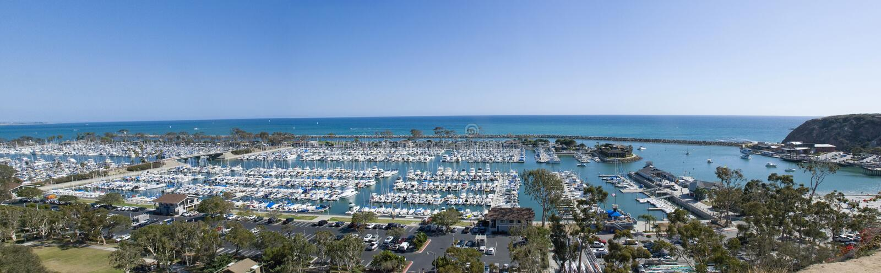 Panorama van Dana Point-haven, Oranje Provincie - Californië stock afbeelding