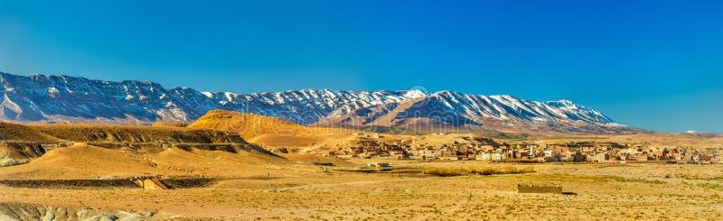 Panorama van de Atlasbergen in Midelt, Marokko royalty-vrije stock foto
