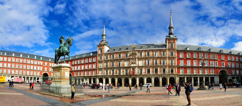 Panorama van Burgemeester van het Plein, Madrid stock afbeelding