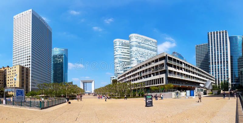 Panorama van de Defensie van La in Parijs royalty-vrije stock afbeelding