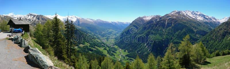 Panorama van de Grossglockner het hoge alpiene weg stock foto's