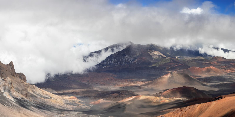 Panorama van de Haleakala-krater stock foto