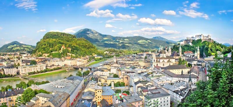 Panorama van de historische stad van Salzburg, Salzburger-Land, Oostenrijk stock afbeeldingen