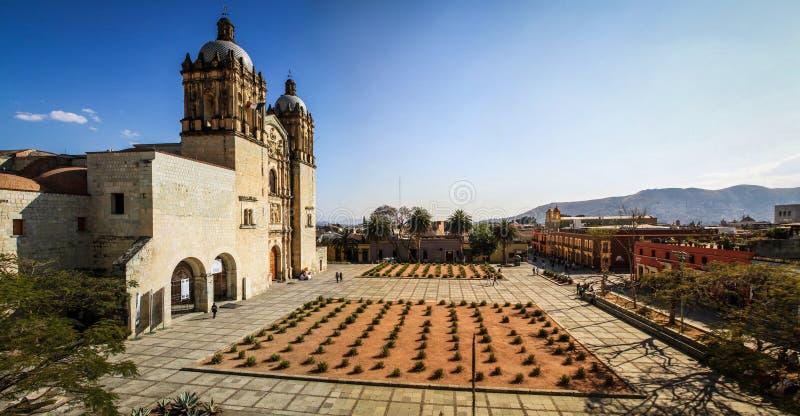 Panorama van de Kerk van Santo Domingo DE Guzmà ¡ n van het Culturele Centrum van Oaxaca, Oaxaca, Mexico royalty-vrije stock foto's