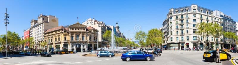 Panorama van de Kruising van Gran via en Passeig DE Gracia stock foto's