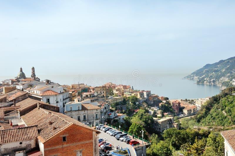 Panorama van de Merrie van Vietri sul, Italië royalty-vrije stock foto's