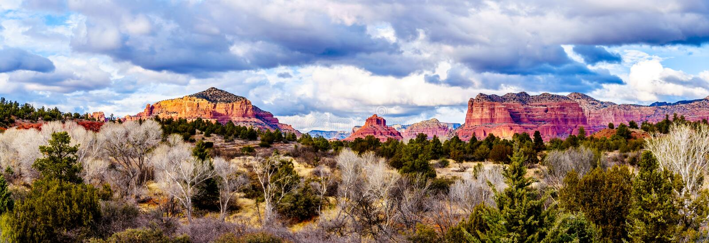 Panorama van de Rode Rotsbergen rond de stad van Sedona, Arizona royalty-vrije stock foto