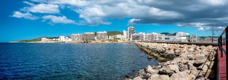 Panorama van de stad van Sant Antoni ibiza stock fotografie