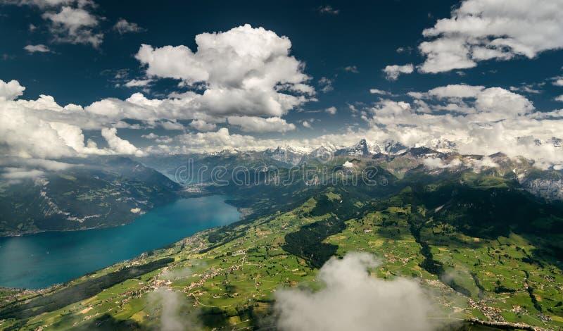 Panorama van de Zwitserse Alpen royalty-vrije stock afbeeldingen