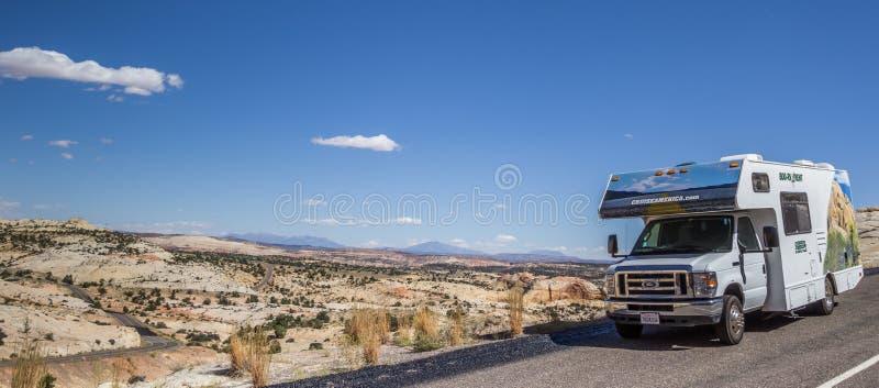 Panorama van een rv langs weg 12 in Utah stock fotografie