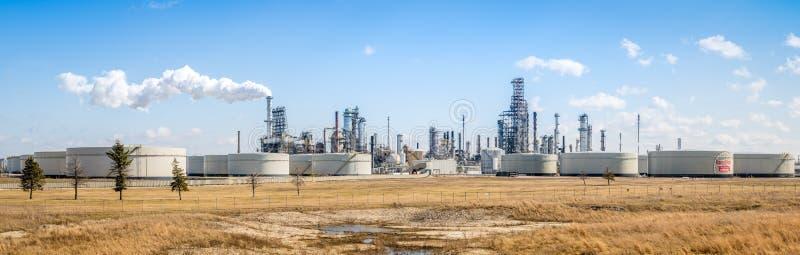 Panorama van Exxon Mobil-raffinaderij in Joliet, Illinois stock foto