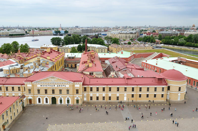 Panorama van heilige-Petersburg, Rusland van een hoogte stock fotografie