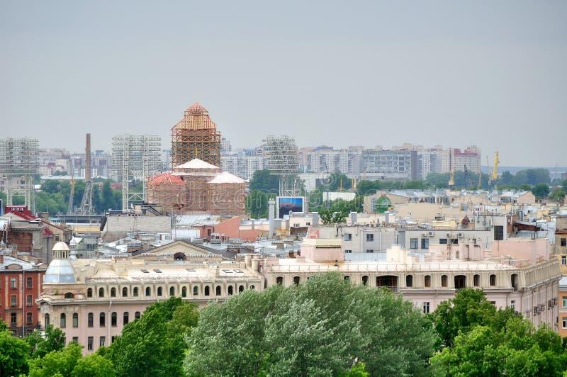 Panorama van Heilige Petersburg, Rusland van een hoogte stock foto's