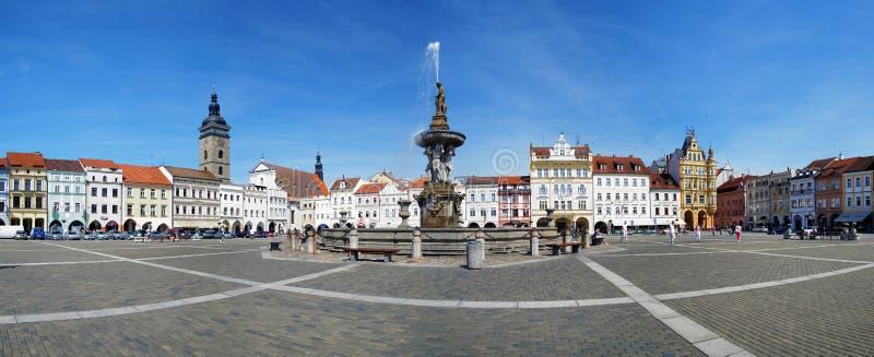 Panorama van het centrale vierkant van Ceske Budejovice stock afbeelding