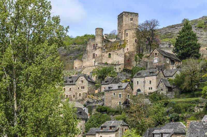 Panorama van het dorp van belcastel Frankrijk royalty-vrije stock foto