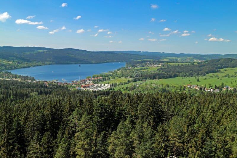 Panorama van het Lipno-Reservoir van de Vltava-Rivier royalty-vrije stock afbeelding