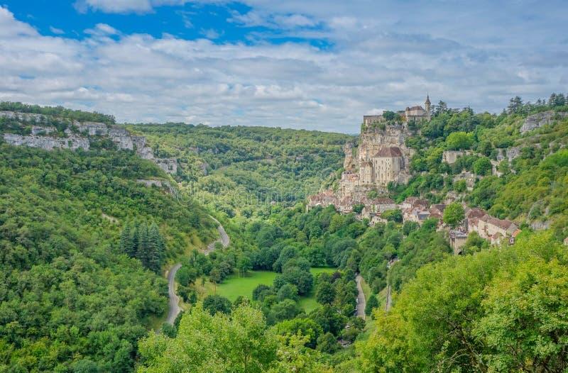 Panorama van het Rocamadour-dorp stock foto