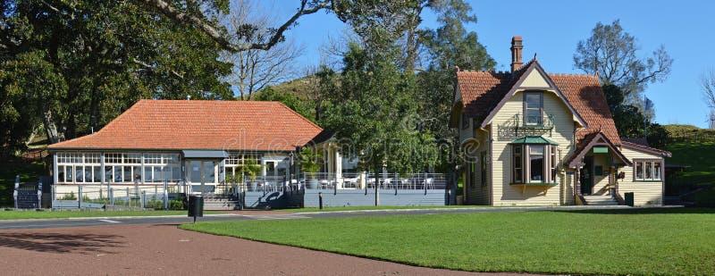 Panorama van Historische Gebouwen op Één Boomheuvel, Auckland stock afbeelding
