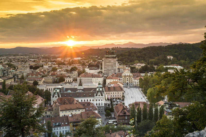 Panorama van hoofdstad Ljubljana, Slovenië royalty-vrije stock afbeeldingen