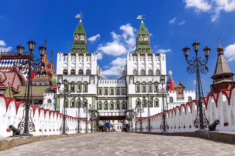 Panorama van Izmaylovsky het Kremlin in Moskou stock afbeeldingen