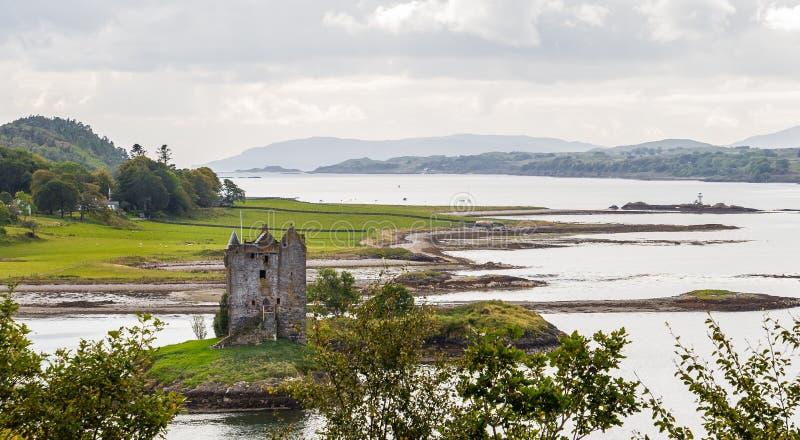 Panorama van Kasteel Stalker, Schotland stock fotografie
