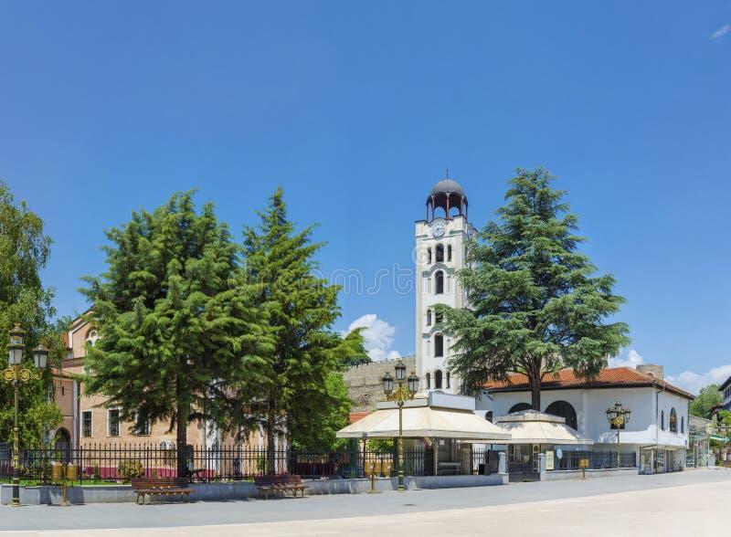 Panorama van Kerk St Dimitrija op Filip II vierkant in Skopje royalty-vrije stock afbeeldingen