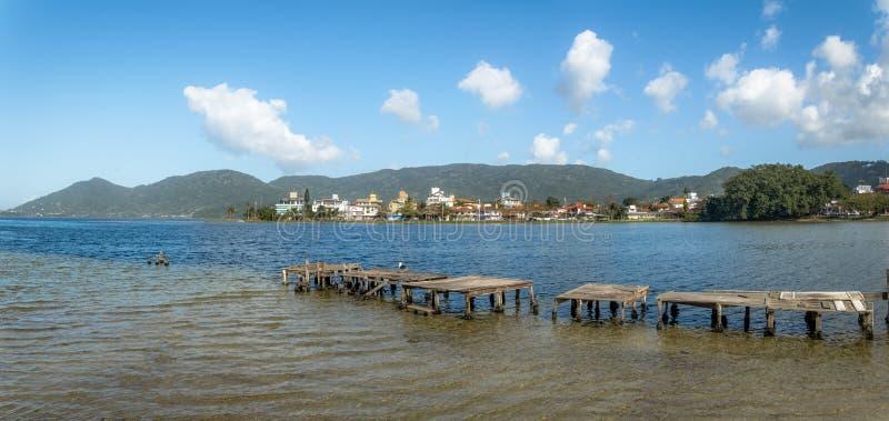 Panorama van Lagoa DA Conceicao - Florianopolis, Santa Catarina, Brazilië stock foto's