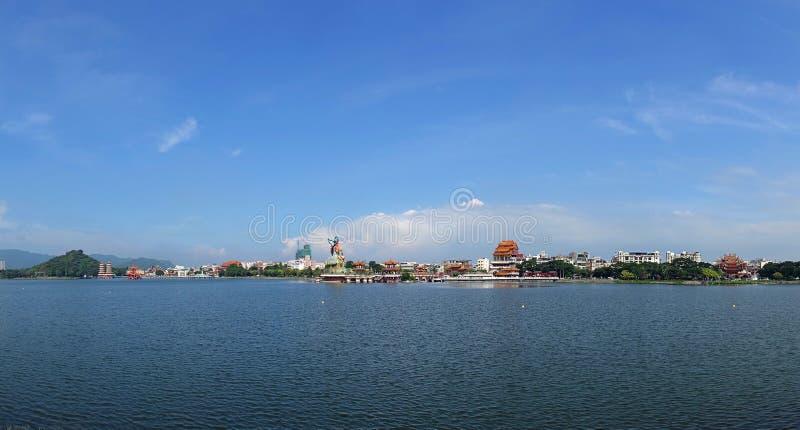 Panorama van Lotus Lake in Kaohsiung, Taiwan royalty-vrije stock foto