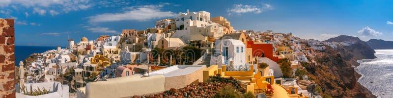 Panorama van Oia of Ia, Santorini, Griekenland royalty-vrije stock afbeeldingen