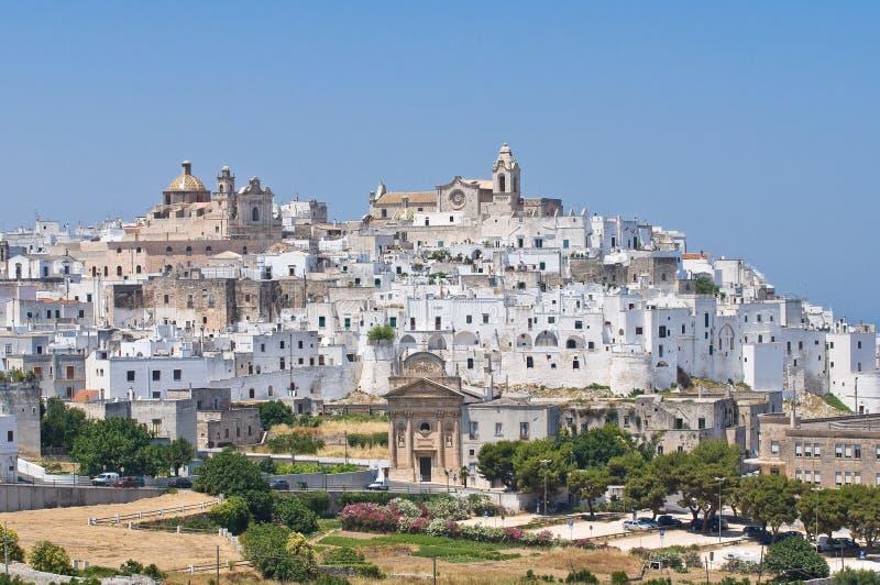 Panorama van Ostuni. Puglia. Italië. royalty-vrije stock foto's
