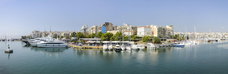 Panorama van Piraeus Zea baai, Athene, Griekenland stock afbeelding