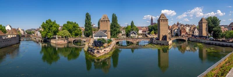 Panorama van Ponts Couverts, Straatsburg stock afbeelding