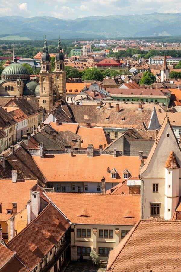 Panorama van Sibiu naar zuidwestentranssylvanië, Roemenië royalty-vrije stock afbeelding