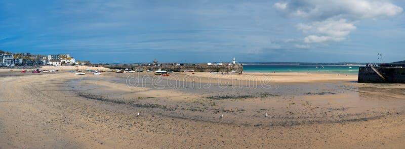 Panorama van St Ives Haven royalty-vrije stock foto's