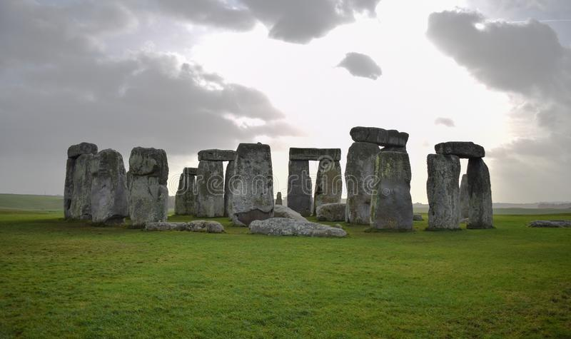 Panorama van Stonehenge-landschap, voorhistorisch steenmonument stock fotografie