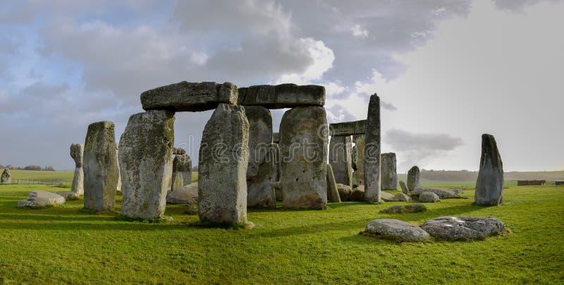 Panorama van Stonehenge-landschap, voorhistorisch steenmonument royalty-vrije stock foto