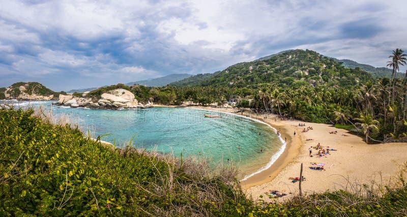 Panorama van Strand bij Cabo San Juan - het Natuurlijke Nationale Park van Tayrona, Colombia stock afbeelding