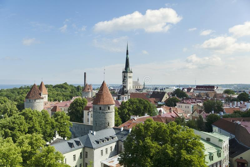 Panorama van Tallinn, Estland stock afbeeldingen