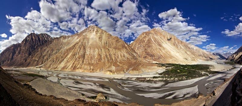 Panorama van Vallei Nubra royalty-vrije stock afbeeldingen