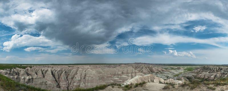 Panorama van Wolken over Badlands royalty-vrije stock foto