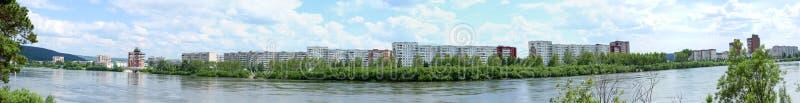 Panorama van Zelenogorsk en de Kan-rivier, Krasnoyarsk-gebied royalty-vrije stock foto's