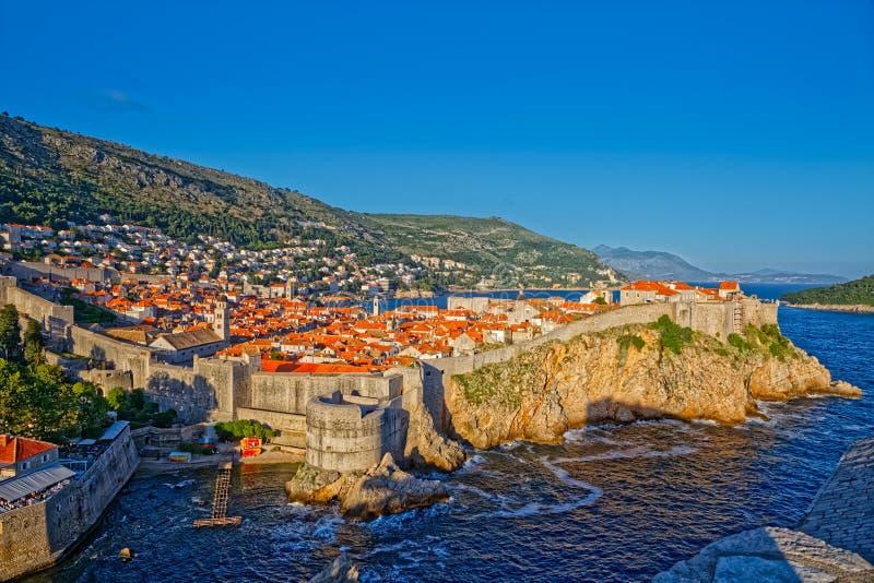 Panorama velho da cidade de Dubrovnik imagem de stock
